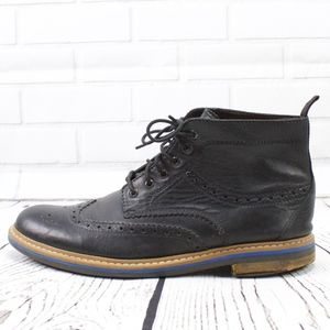 Clarks Black Leather Wingtip Ankle Boots Size 10.5